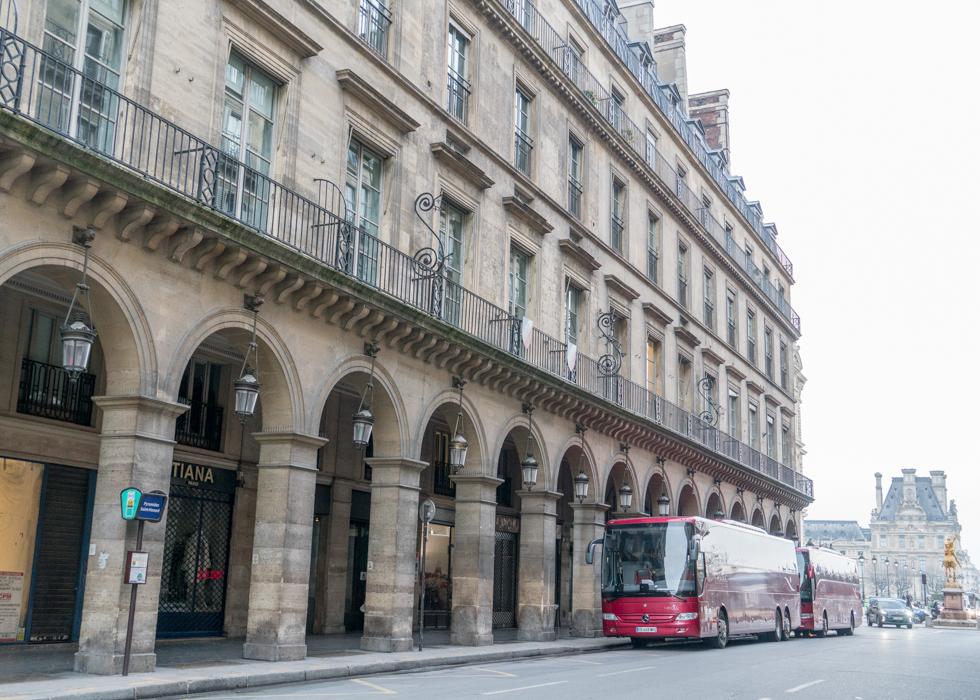 la vallee village - как доехать из Парижа