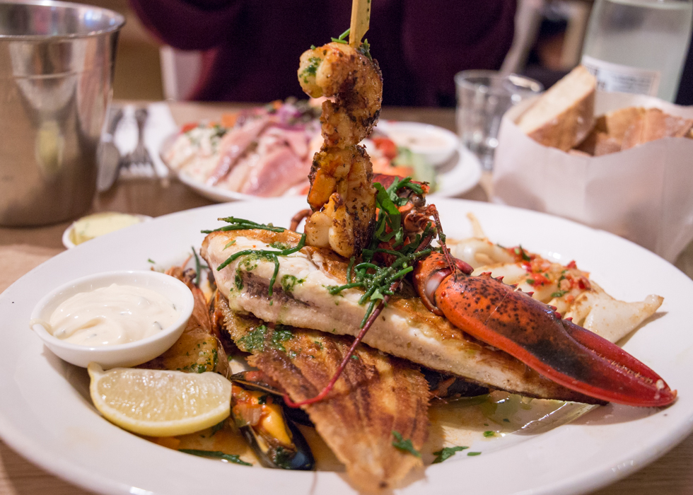 AMSTERDAM SEAFOOD RESTAURANT : THE SEAFOOD BAR SPUI