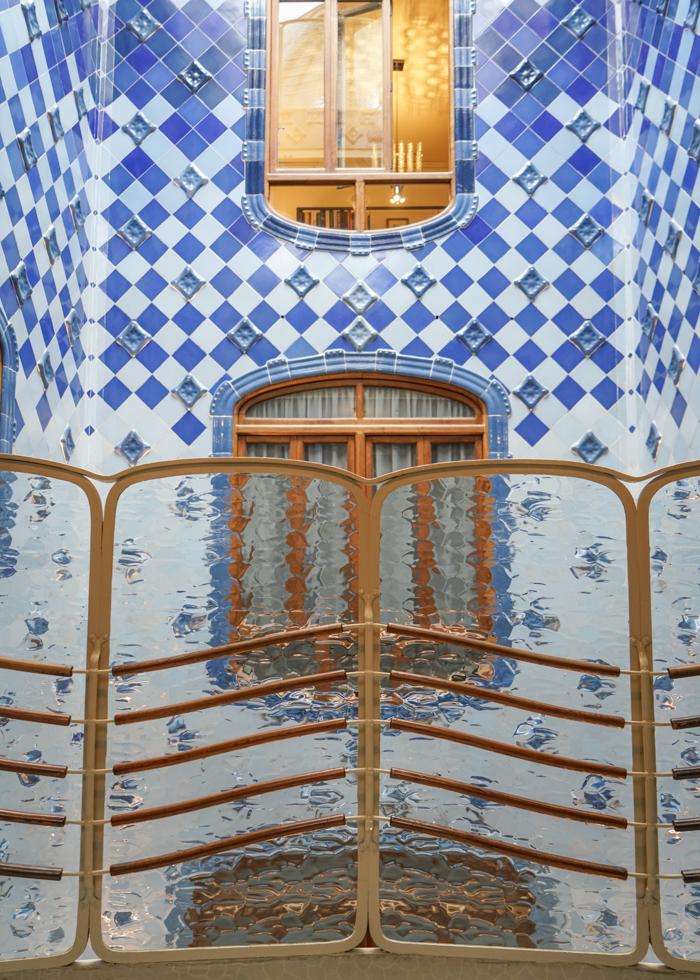 Gaudi tour Casa Batllo interior