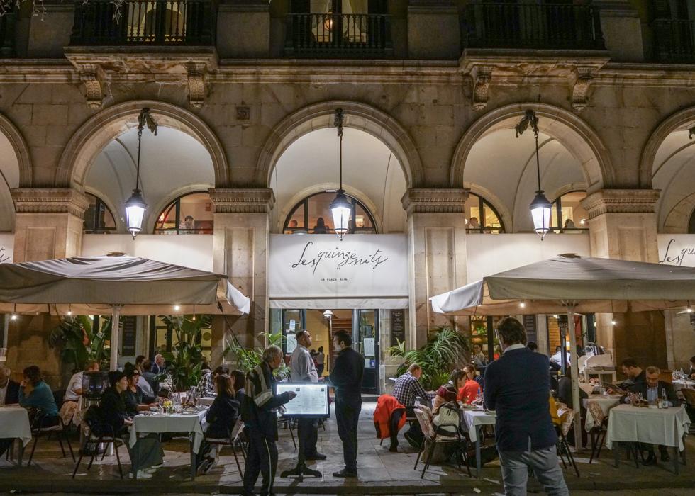 Best paella restaurant in Barcelona : Les Quinze Nits