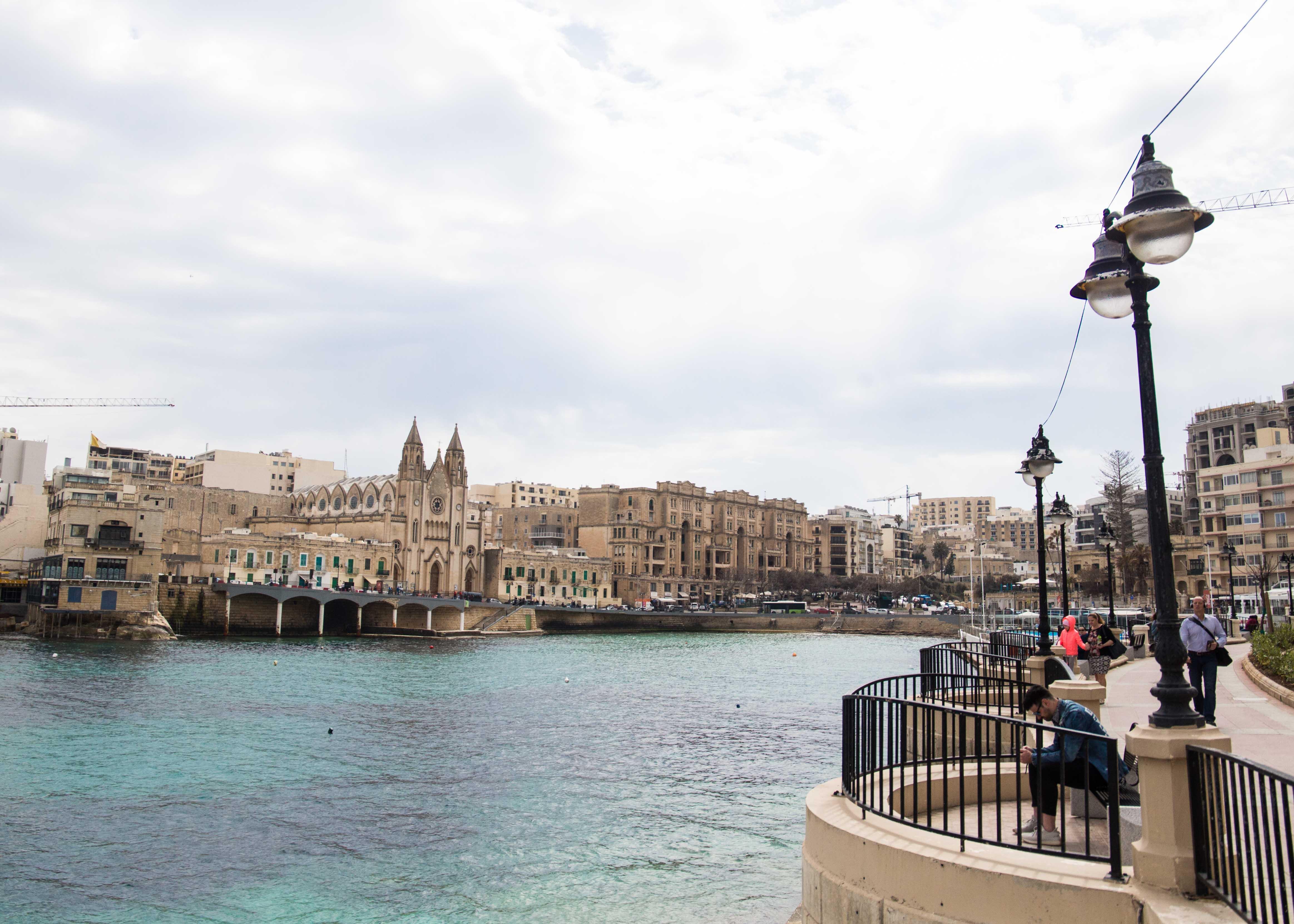 Where to visit in Malta? St. Julian's Bay