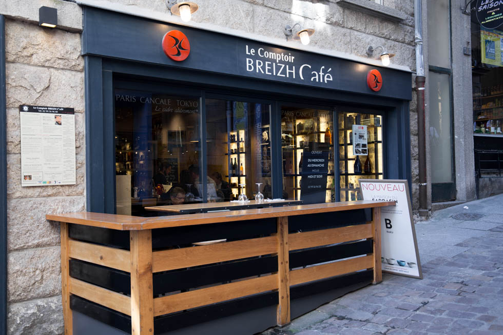 Breizh Cafe Authentic Creperie In Saint Malo Obon Paris Easy