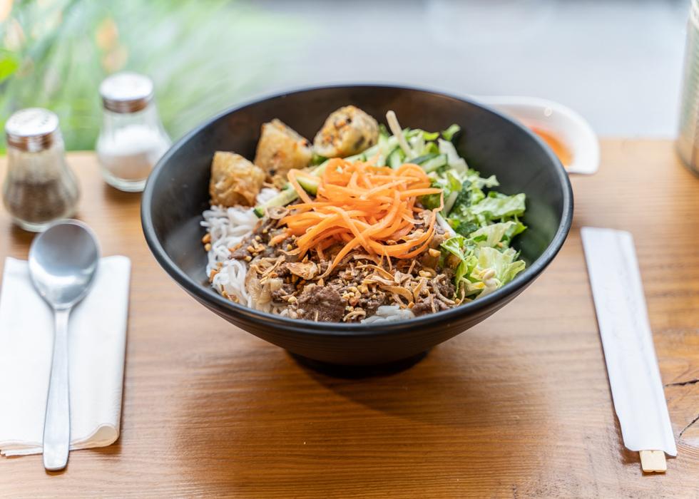 巴黎最好吃的越南牛肉粉BO BUN