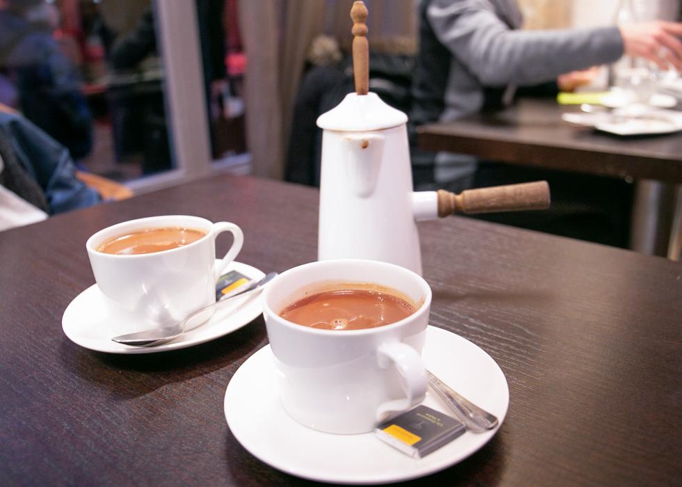 Лучший горячий шоколад в Париже