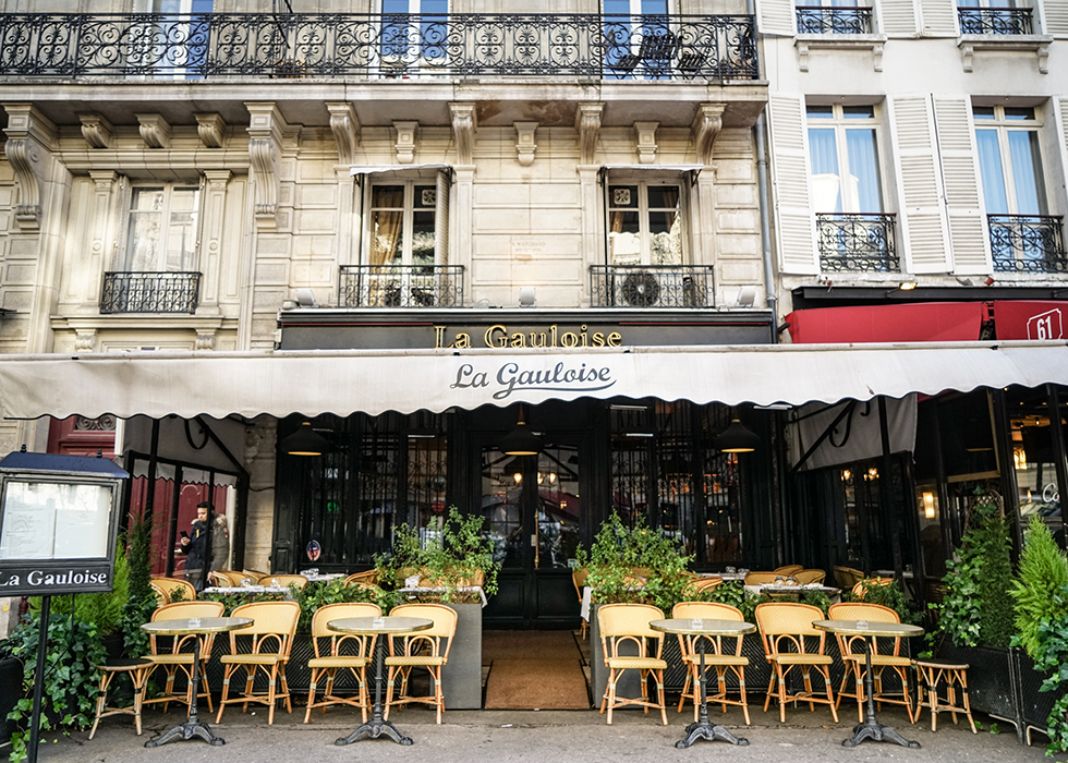 authentic french restaurant in paris : la gauloise