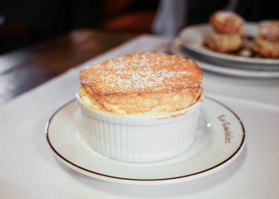 French dessert souffle : la gauloise