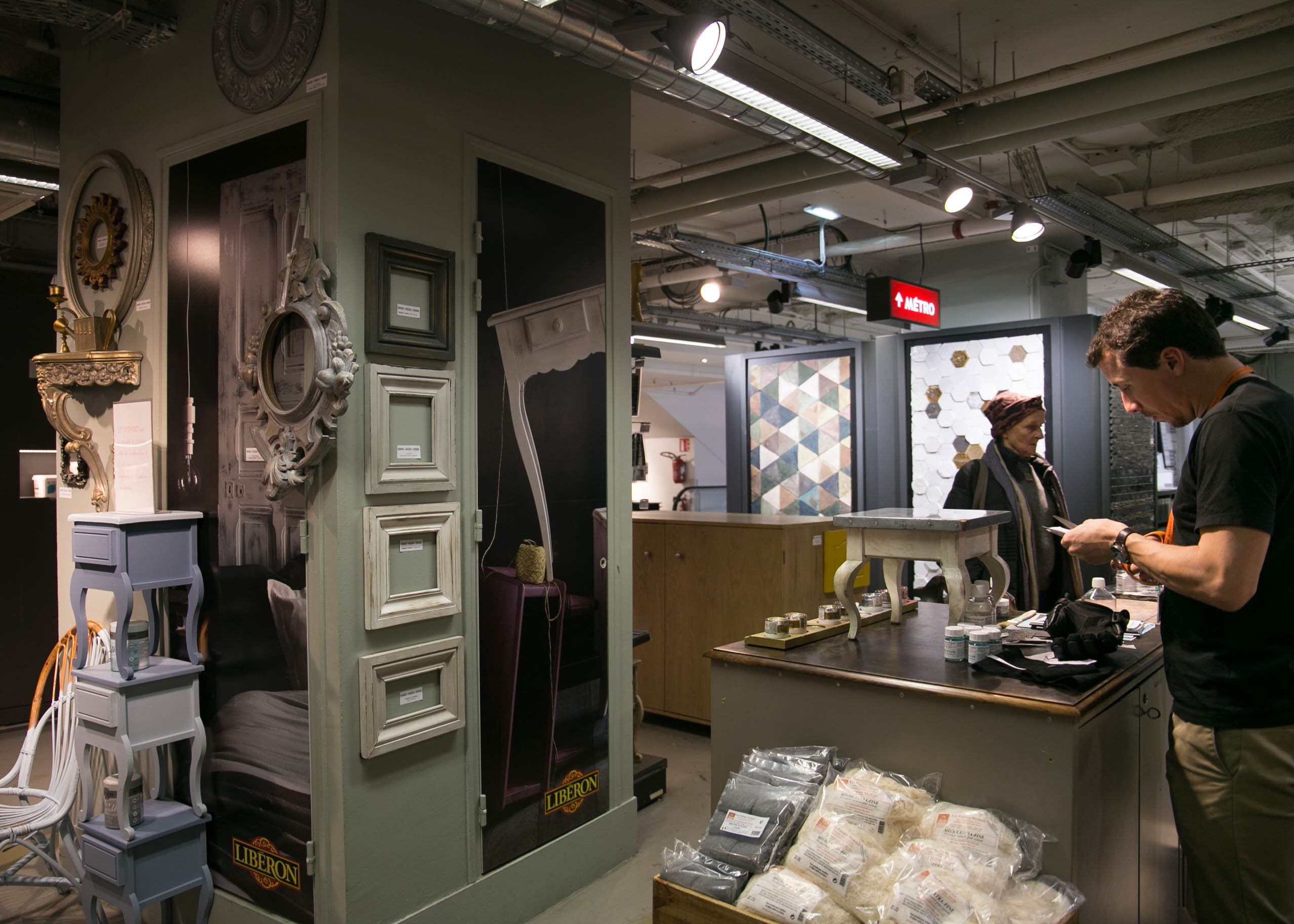 le bhv marais easy to be parisian. Black Bedroom Furniture Sets. Home Design Ideas