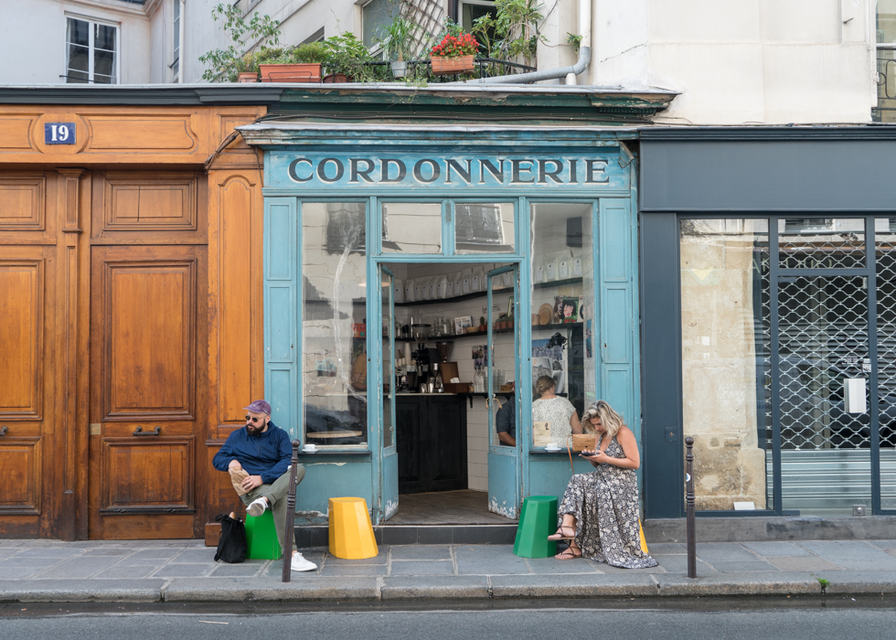BOOT CAFE - cafe in the Marais district