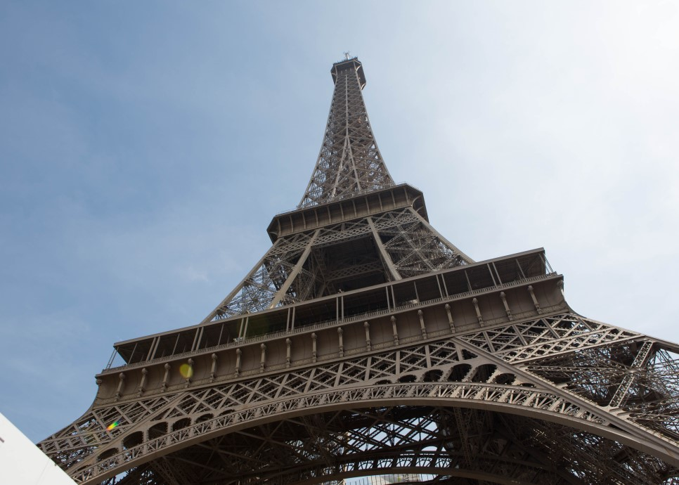 Eiffel tower obon paris easy to be parisian in 1889 paris hosted an exposition universelle worlds fair to mark the 100 year anniversary of the french revolution millions of visitors during and altavistaventures Gallery