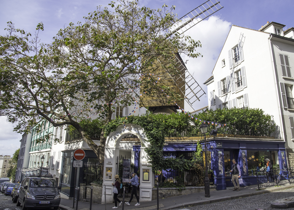 MOULIN DE LA GALETTE PARIS