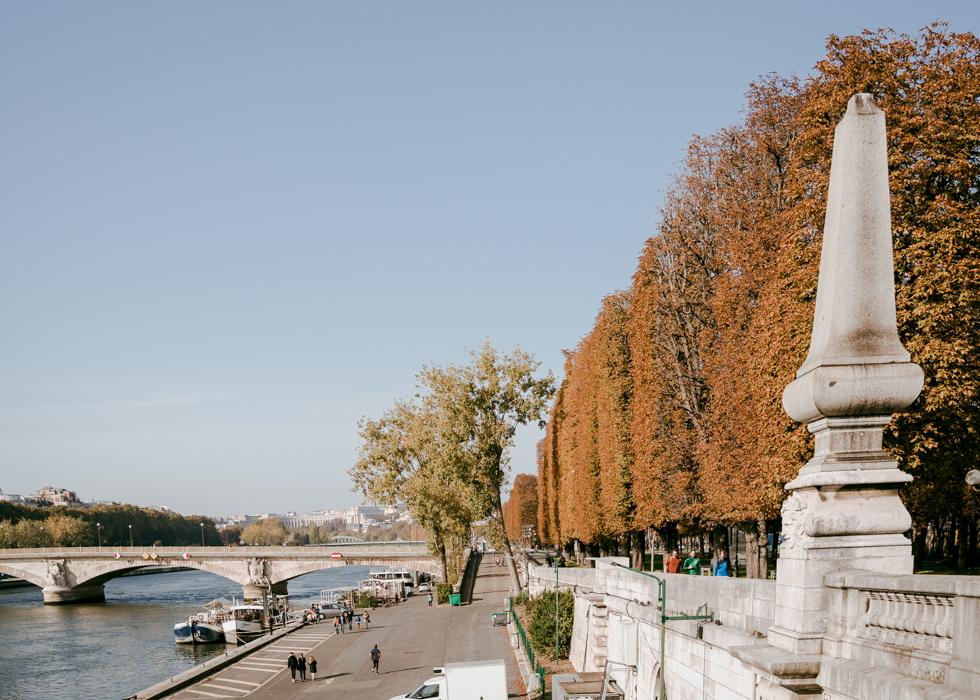 Paris - Seine river in the fall
