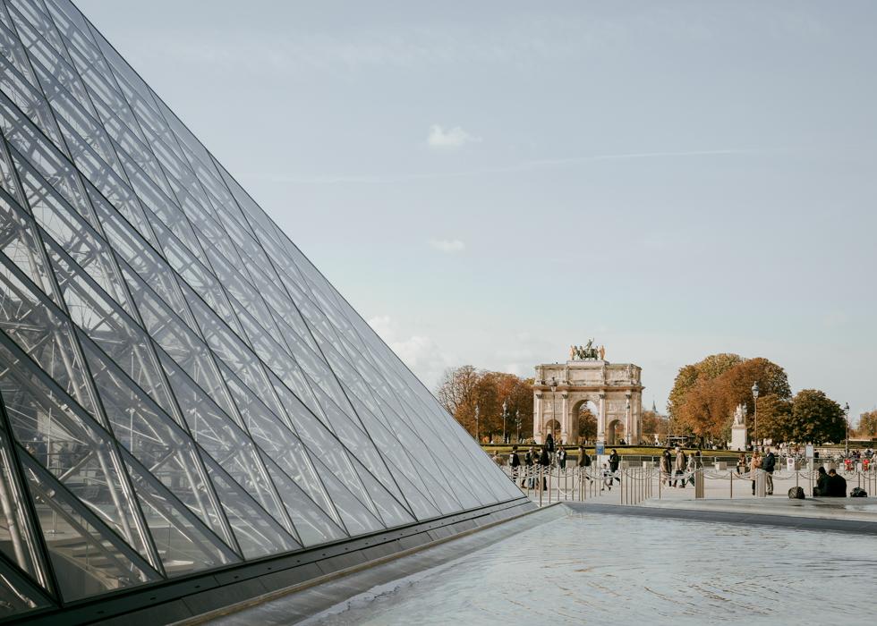 Paris in the automne-wine