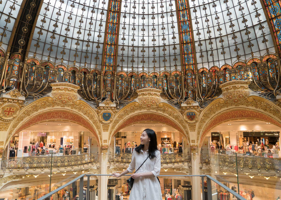 GALERIES LAFAYETTE dome : glass walking