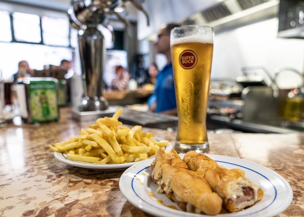 Porto restaurant : CERVEJARIA GAZELA