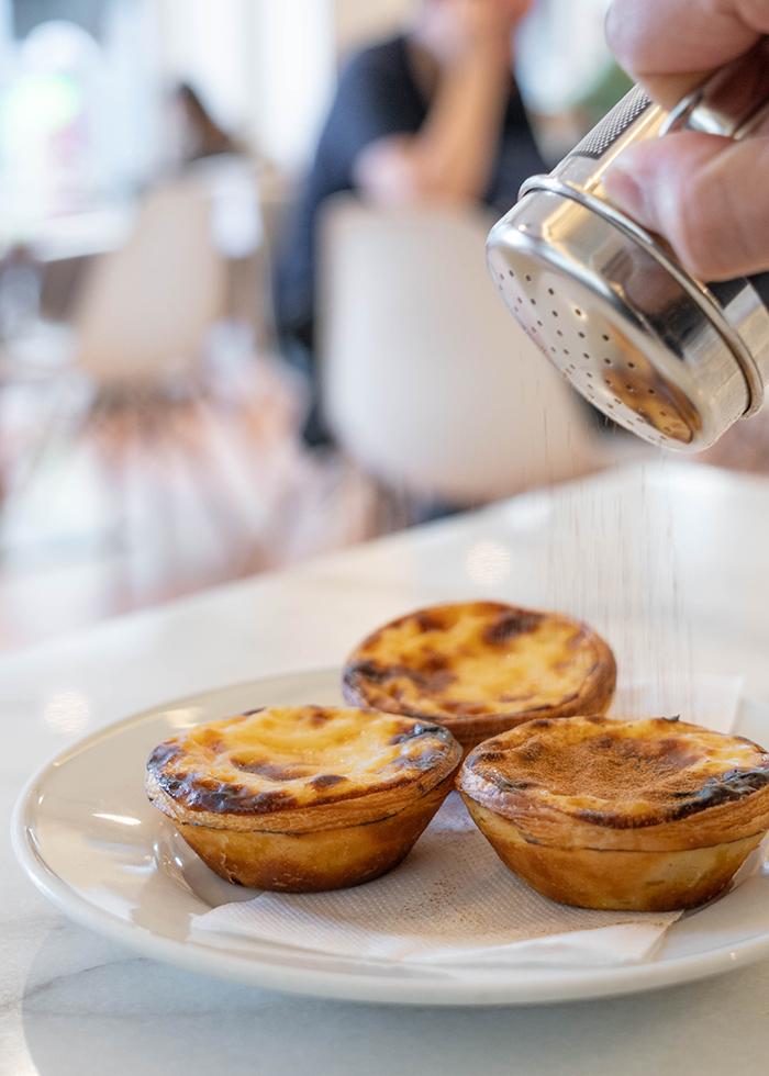 Portuguese egg tarts : MANTEIGARIA