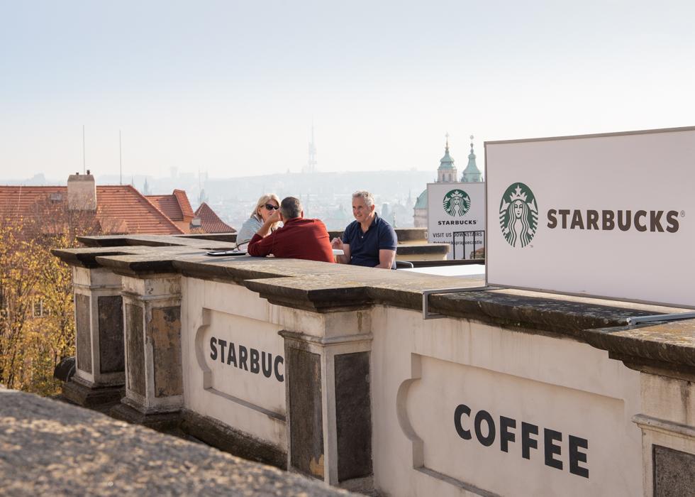 PRAGUE CASTLE STARBUCKS / HOW TO GO TO PRAGUE CASTLE STARBUCKS