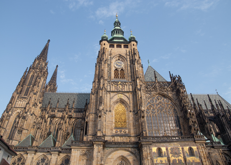 PRAGUE CASTLE OPENING HOURS / ADDRESS / HOW TO GO / ADMISSION FEE