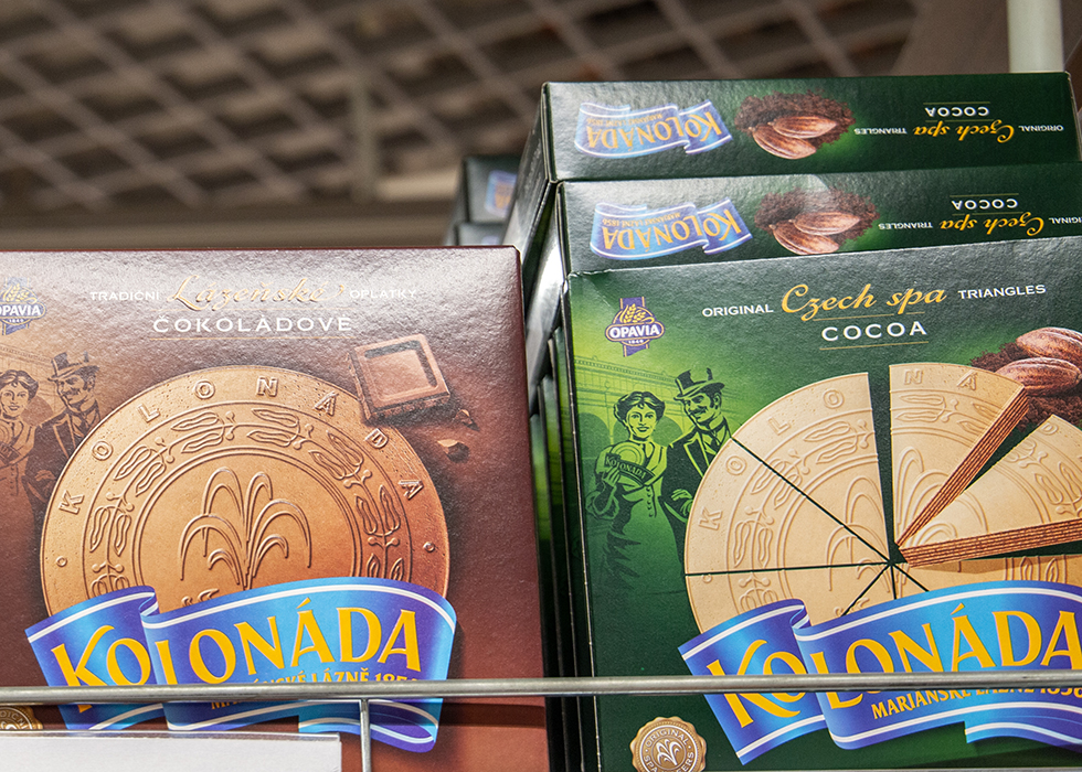 WHAT TO BUY AT SUPERMARKETS IN PRAGUE - CZECH SNACK KOLONADA