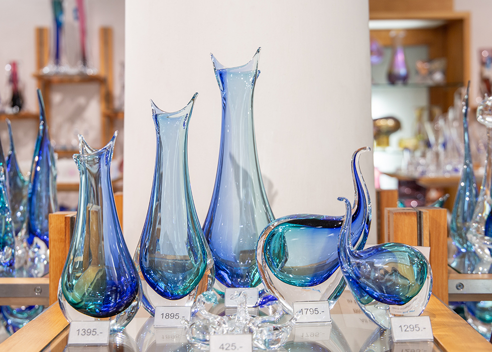 WHAT TO BUY IN PRAGUE, CZECH REPUBLIC - BOHEMIA CRYSTAL GLASS