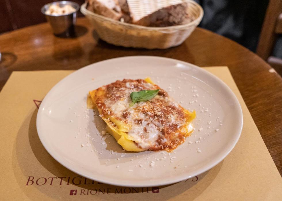 Рим, ресторан рядом с площадью Венеции, AI TRE SCALLINI
