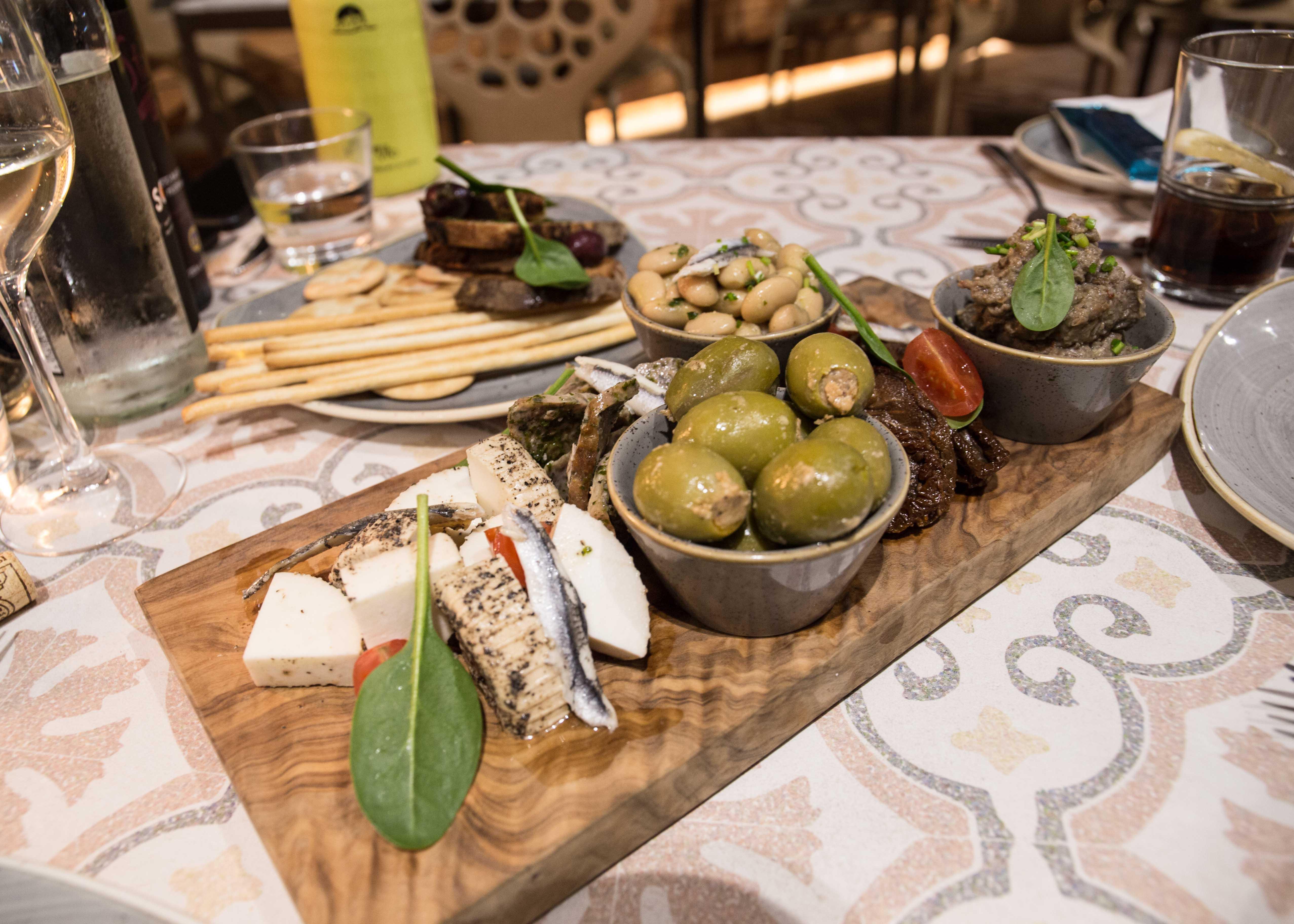 Maltese Platter, Star Cafe, Malta restaurant review