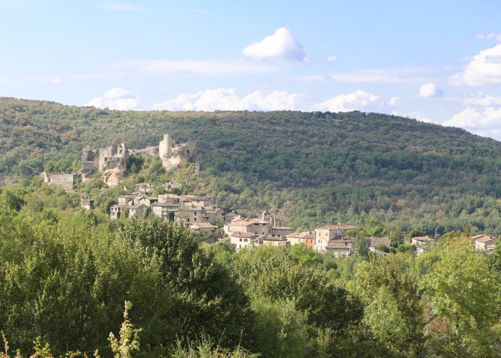 làng cổ của Pháp Penne