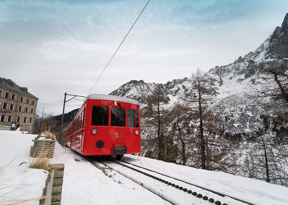TRAIN TO MER DE GLACE IN MONTENVERS