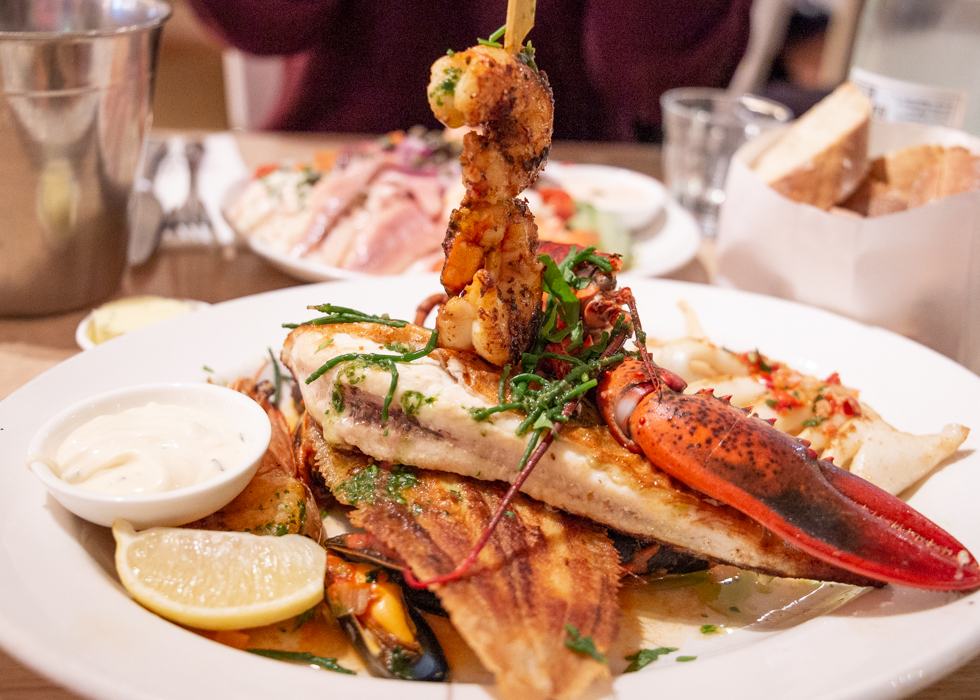 AMSTERDAM THE SEAFOOD BAR REVIEW : MIXED GRILL