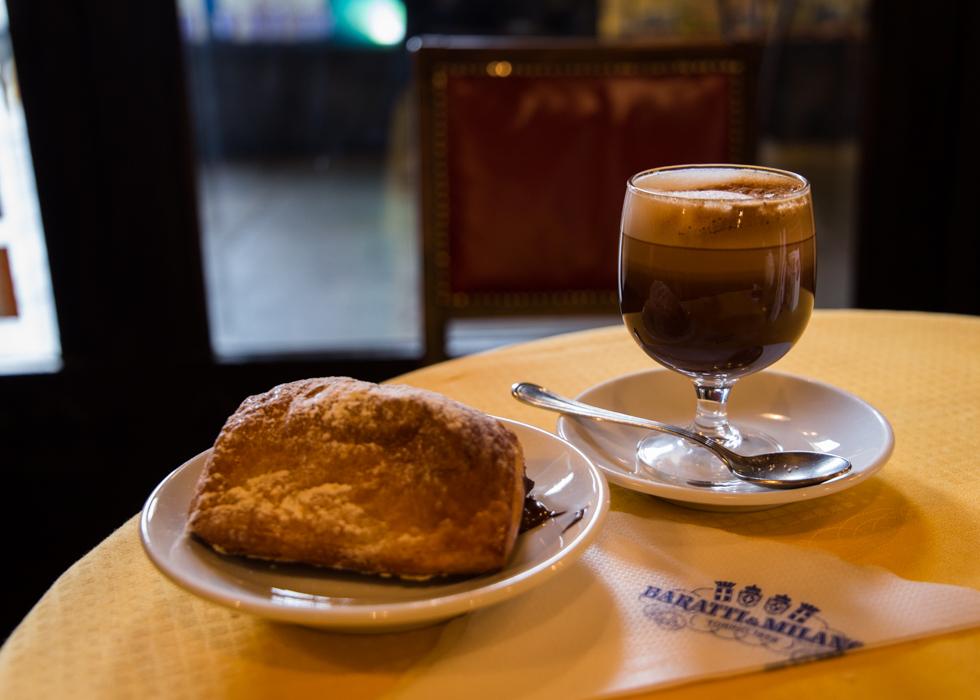 คาเฟ่ตูริน Caffe Baratti & Milano