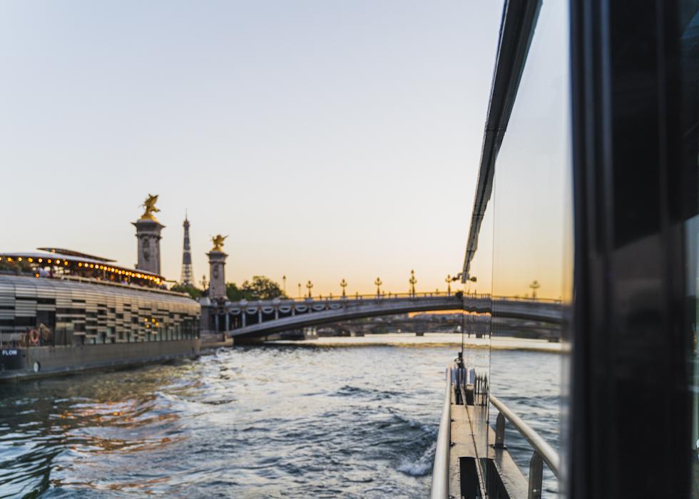 Vedettes de Paris journey