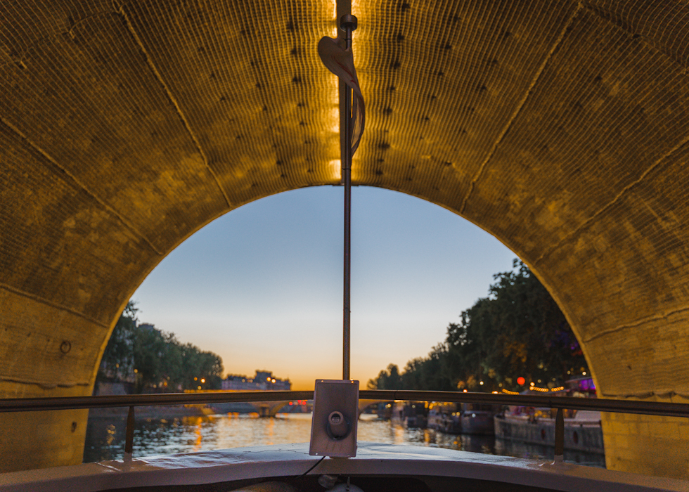 Vedettes de Paris cruise in front of Eiffel Tower