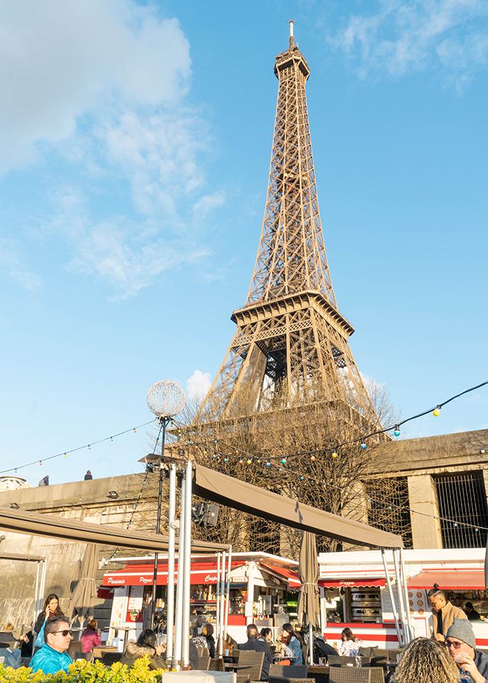 PARIS DU THUYỀN SÔNG SEINE - VEDETTES DE PARIS DƯỚI CHÂN THÁP EIFFEL