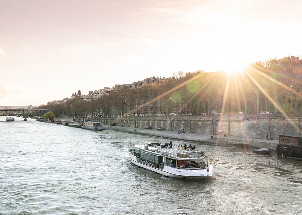 Paris du thuyền sông Seine