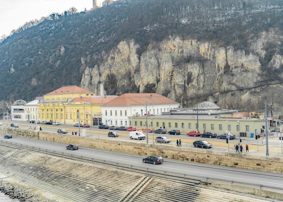 Best thermal spa in Budapest : RUDAS BATH