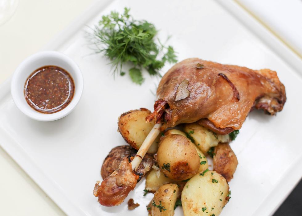 อาหารฝรั่งเศส Confit de Canard